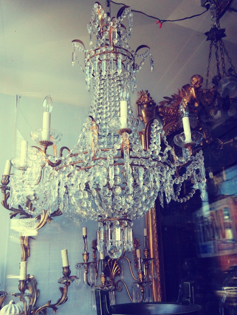 Beautiful chandelier at one of the antique stores on Notre-Dame.