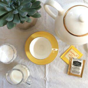Tea time, tea zone, party zone, small space, teapot, succulent, teacup