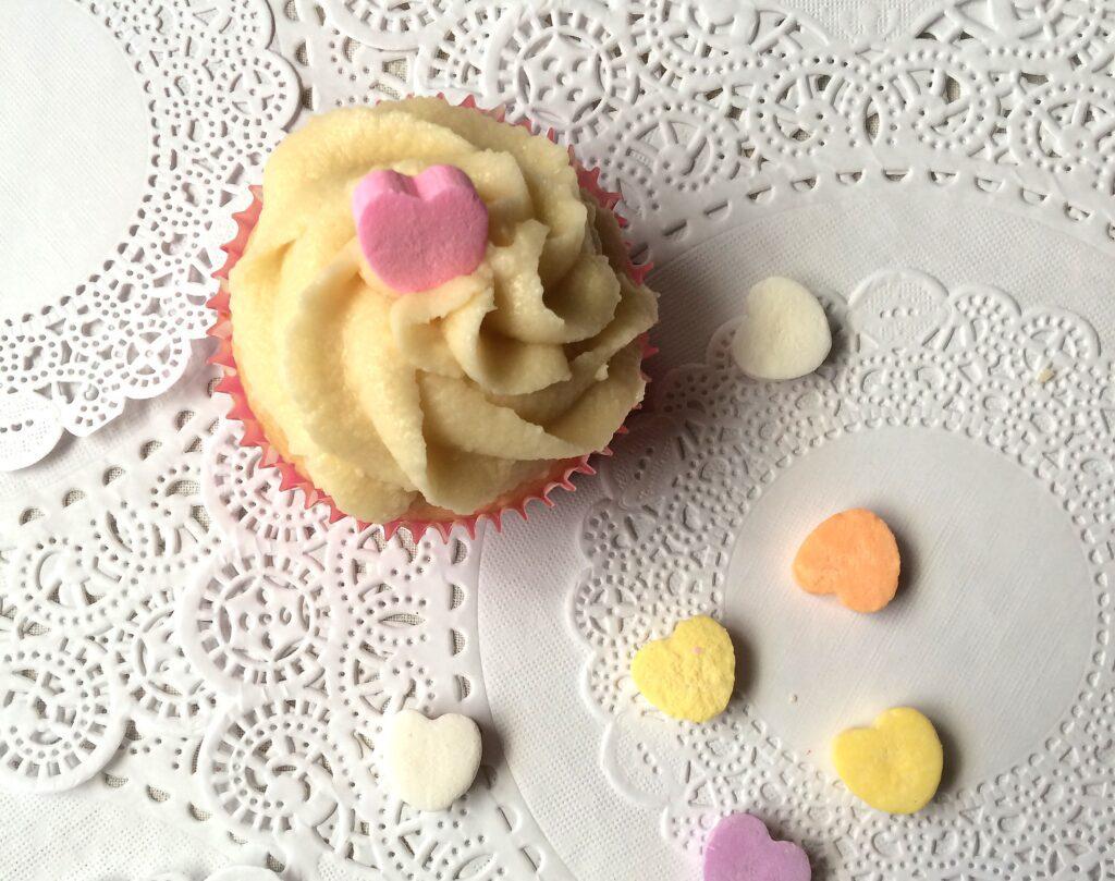 Valentines Day cupcake decorating