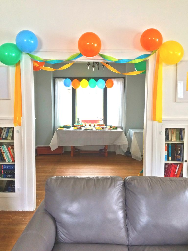 Balloons StreamersSimple Birthday Decor