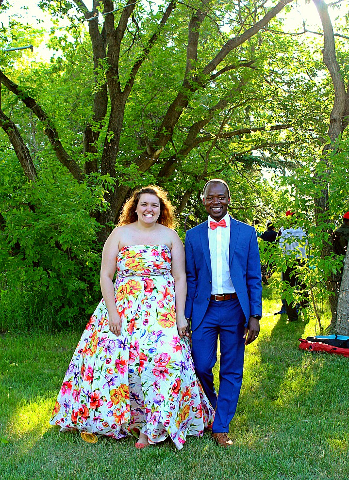 Casual Backyard Wedding Reception Alexandra And Carvil In Canada