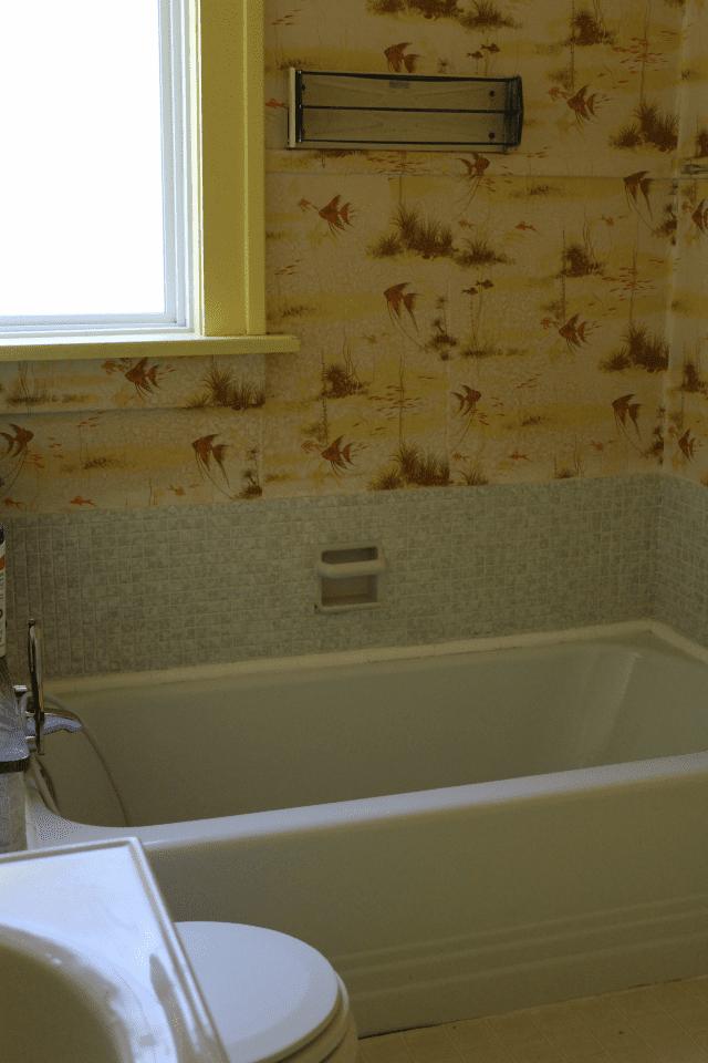I Ve Been Keeping Secrets The Ugliest Yellow Bathroom You