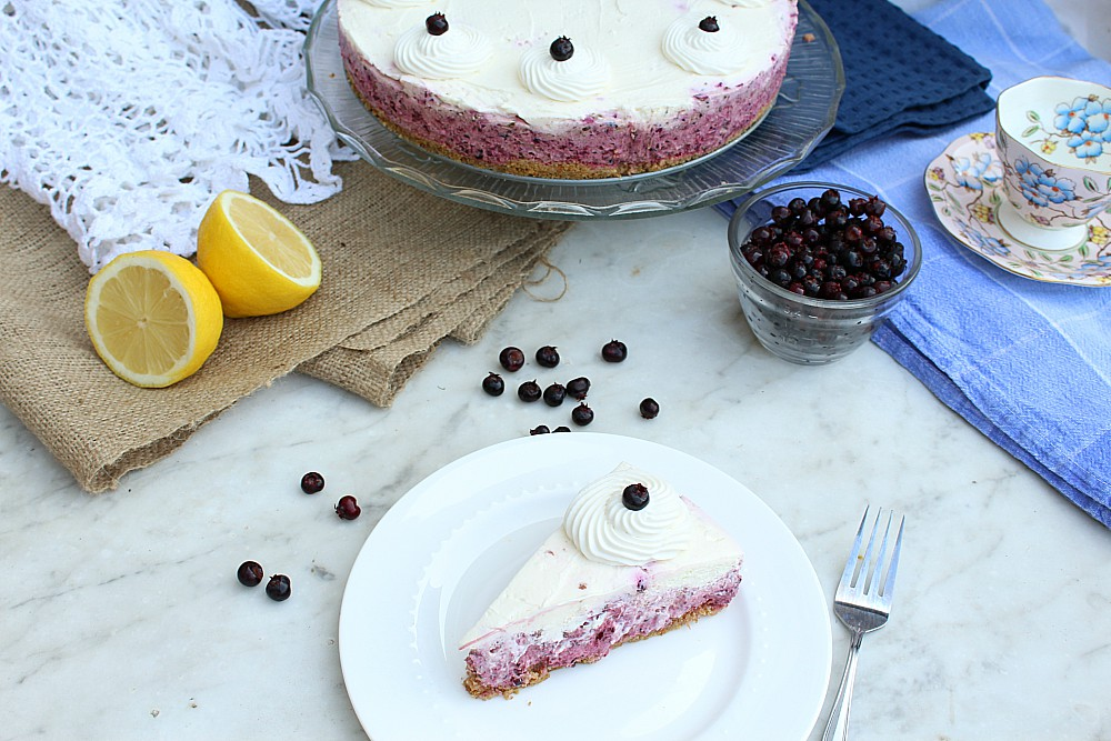 Dreading turning on your oven? No bake Saskatoon berry cheesecake to the rescue! Make this easy summer dessert recipe when you need a fancy cake with fresh summer berries.