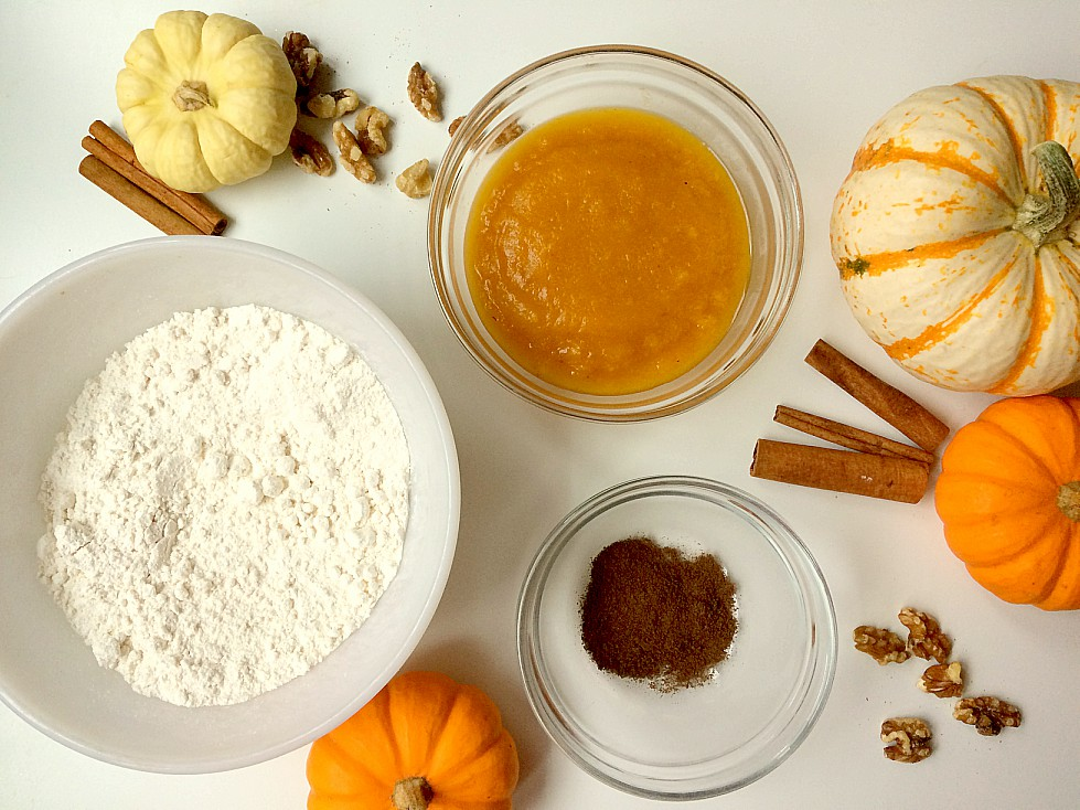 Need a quick, easy, and healthy fall breakfast? Pumpkin Spice Pancakes to the rescue. Three basic ingredients and a few spices come together to make these delicious and fluffy pancakes. You'll want to try them with walnuts and a dash of maple syrup. Thanksgiving breakfast, anyone? #breakfast #healthy #quick #easy #pancakemix #pancakes #pumpkinspice #healthybreakfast #easyrecipe #quickrecipe #recipe #brunch #thanksgiving