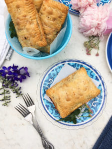 Have a few leftovers from making a Saskatoon berry pie recipe? Don't through them out, make these easy hand pies instead. #handpies #pie #saskatoonberries #saskatoonberryrecipes #easyrecipes #dessertrecipes #summerdessertrecipe #pierecipe