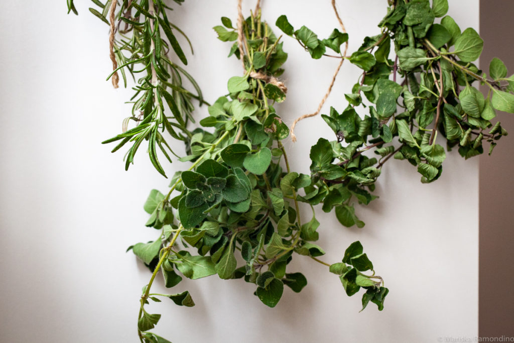 Air drying is the best way to dry herbs easily.  Good to know next time I'm processing dried herbs!